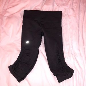 Charcoal Cropped Lululemon Pants